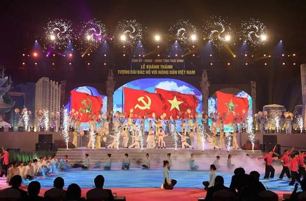 Thu tuong Nguyen Xuan Phuc du le khanh thanh Tuong dai Bac Ho voi nong dan Viet Nam tai Thai Binh hinh anh 6
