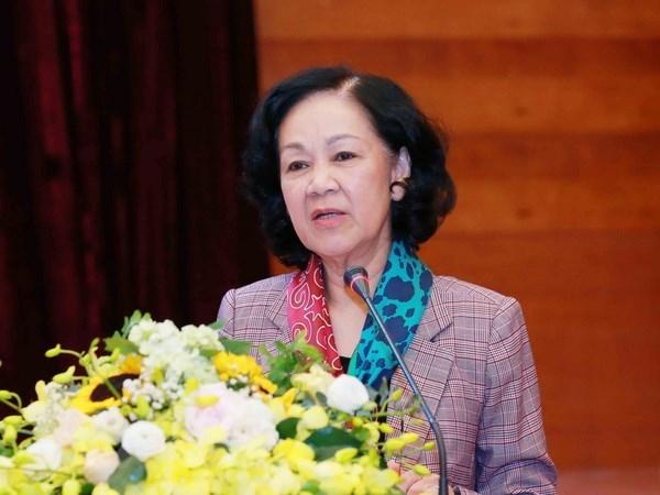 "Dong chi Truong Thi Mai phat dong Tet trong cay ""Doi doi nho on Bac Ho"" hinh anh 1"