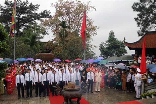 Gio To Hung Vuong - Le hoi Den Hung 2021: Gan bao ton di san voi phat trien du lich ben vung hinh anh 1