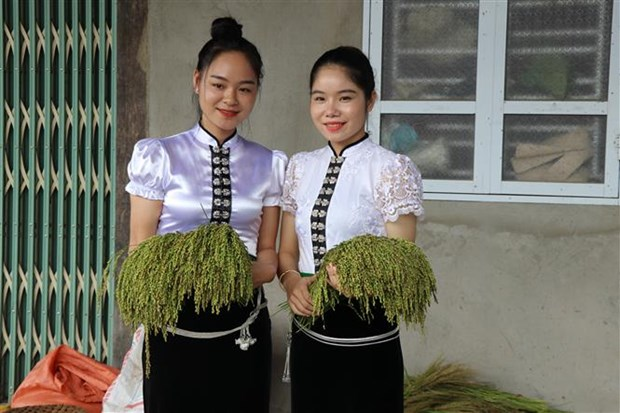 Deo thom huong nep Tu Le hinh anh 5