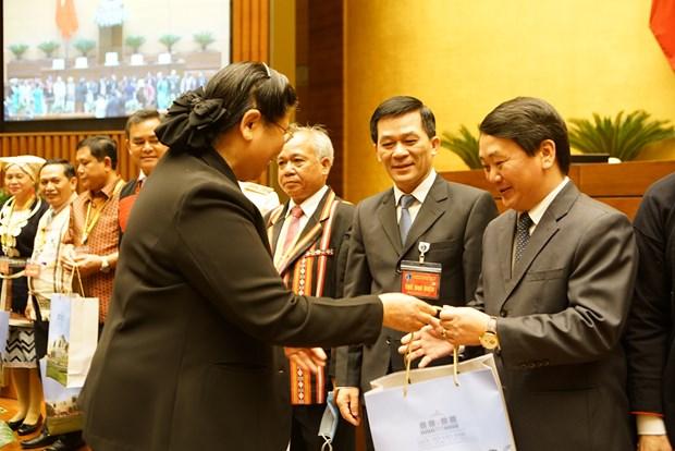 Chu tich Quoc hoi Nguyen Thi Kim Ngan gap mat Doan dai bieu du Dai hoi dai bieu toan quoc cac dan toc thieu so Viet Nam lan thu II hinh anh 8