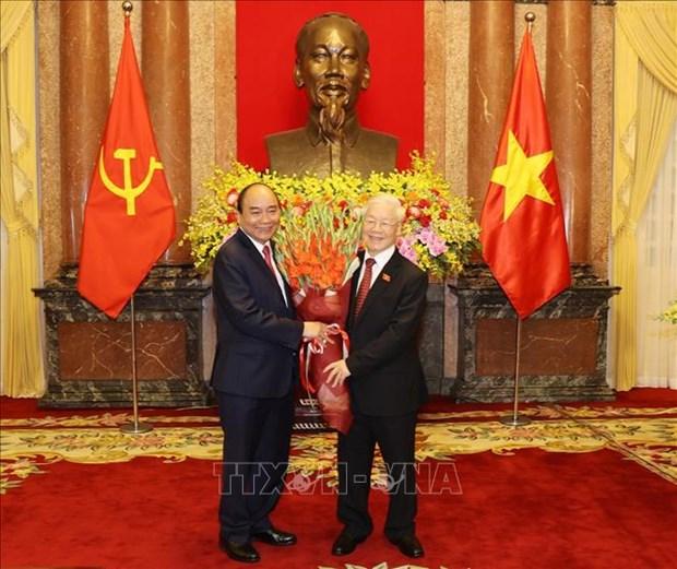 Le ban giao cong tac giua nguyen Chu tich nuoc Nguyen Phu Trong va Chu tich nuoc Nguyen Xuan Phuc hinh anh 3
