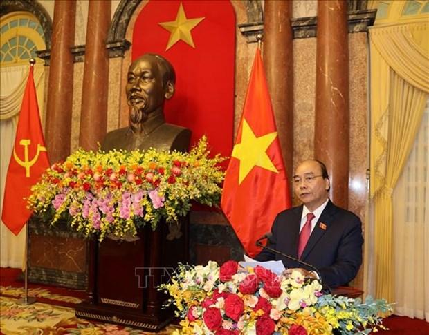 Le ban giao cong tac giua nguyen Chu tich nuoc Nguyen Phu Trong va Chu tich nuoc Nguyen Xuan Phuc hinh anh 4