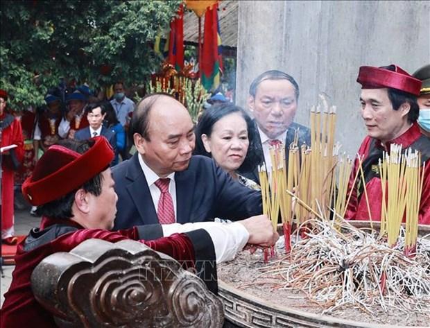 Chu tich nuoc Nguyen Xuan Phuc dang huong tai Le Gio To Hung Vuong nam Tan Suu 2021 hinh anh 8