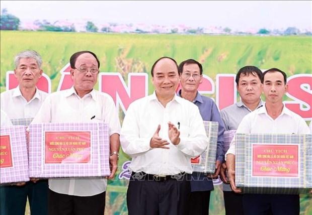 Chu tich nuoc Nguyen Xuan Phuc dang huong tai Le Gio To Hung Vuong nam Tan Suu 2021 hinh anh 15