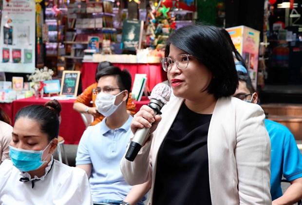 Bi thu Thanh uy Nguyen Van Nen tham Duong sach thanh pho Ho Chi Minh hinh anh 6