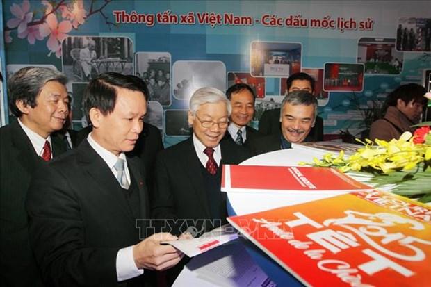 """75 nam Thong tan xa Viet Nam: De nhung dong tin """"chay mai"""" hinh anh 4"""
