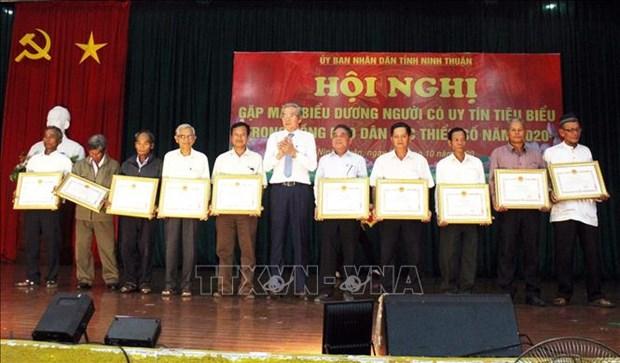 Ninh Thuan phat huy vai tro tien phong, guong mau cua nguoi co uy tin trong dong bao dan toc thieu so hinh anh 1