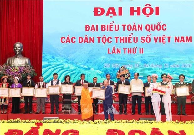 Thong qua Quyet tam thu cua Dai hoi dai bieu toan quoc cac dan toc thieu so Viet Nam lan thu II hinh anh 5