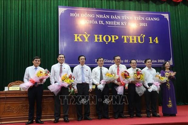 Ong Nguyen Van Vinh duoc bau lam Chu tich UBND tinh Tien Giang hinh anh 1