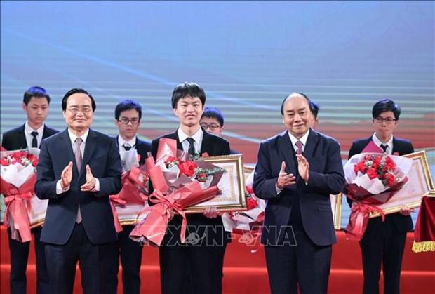 Tuyen duong hoc sinh Trung hoc pho thong doat giai Olympic quoc te nam 2020 hinh anh 8
