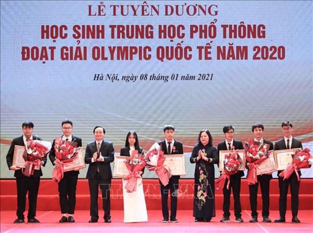 Tuyen duong hoc sinh Trung hoc pho thong doat giai Olympic quoc te nam 2020 hinh anh 6