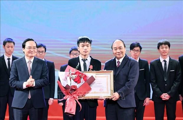 Tuyen duong hoc sinh Trung hoc pho thong doat giai Olympic quoc te nam 2020 hinh anh 4