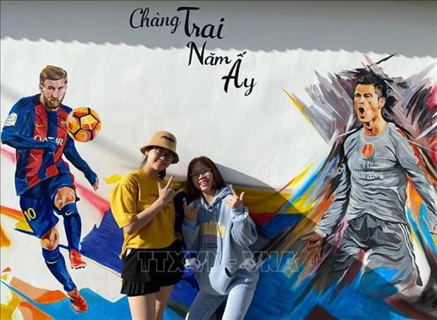 Du lich Viet Nam: Kham pha ve dep cua Lang bich hoa Hon Thien – Ninh Thuan hinh anh 4