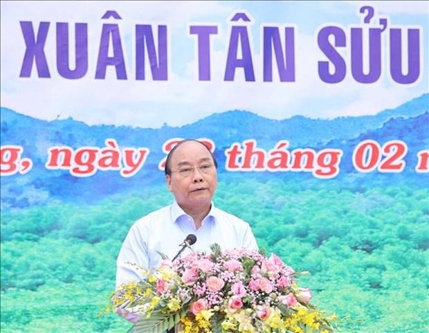 Thu tuong Nguyen Xuan Phuc phat dong Tet Trong cay Xuan Tan Suu 2021 tai Tuyen Quang hinh anh 3