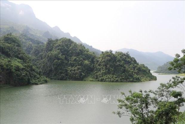 Kham pha ve dep hang dong Hat Chuong - Muong Cha hinh anh 9