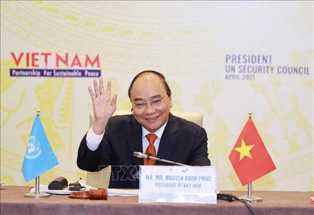 Chu tich nuoc Nguyen Xuan Phuc: Long tin va doi thoai chinh la giai phap can co cho mot nen hoa binh ben vung hinh anh 1