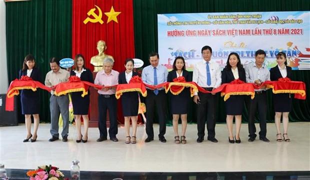 Nhieu hoat dong huong ung Ngay sach Viet Nam tai Ninh Thuan hinh anh 1