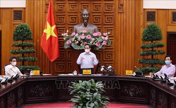 Thu tuong Pham Minh Chinh: Nganh Y te phai khac phuc ngay han che, kho khan, coi nhiem vu bao ve suc khoe nhan dan la tren het hinh anh 1