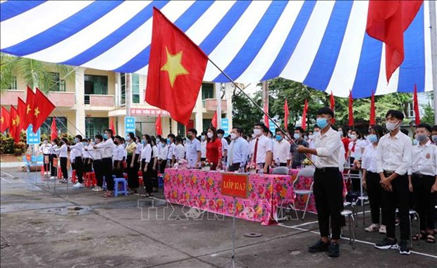 Khai giang nam hoc moi 2021-2022 o tinh mien nui Lai Chau hinh anh 2