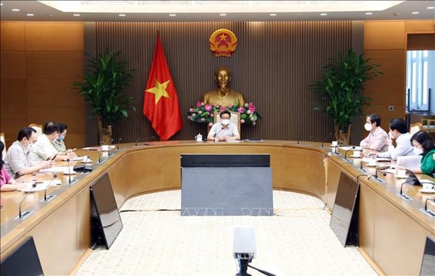 Pho Thu tuong Vu Duc Dam: Bao dam day va hoc thuan loi, hieu qua trong boi canh dich COVID-19 hinh anh 3