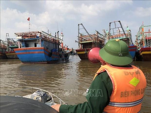 Quang Binh chu dong phong, chong, ung pho voi bao Kompasu va mua lu hinh anh 1