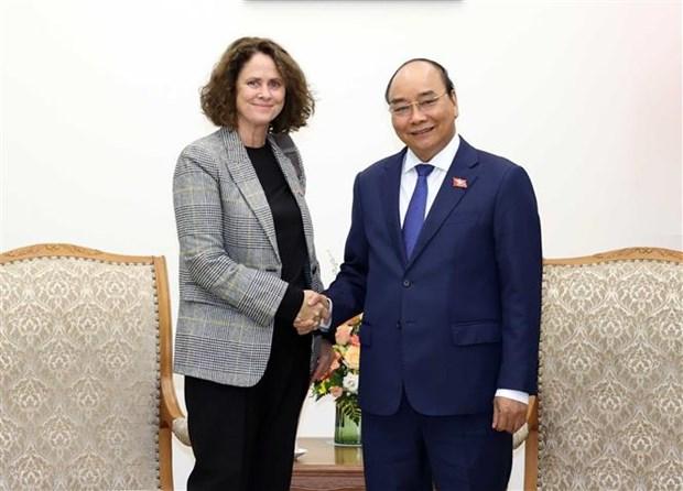 越南政府总理阮春福会见世界银行驻越南首席代表特克 hinh anh 1