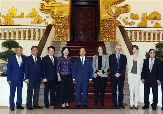 越南政府总理阮春福会见世界银行驻越南首席代表特克 hinh anh 2