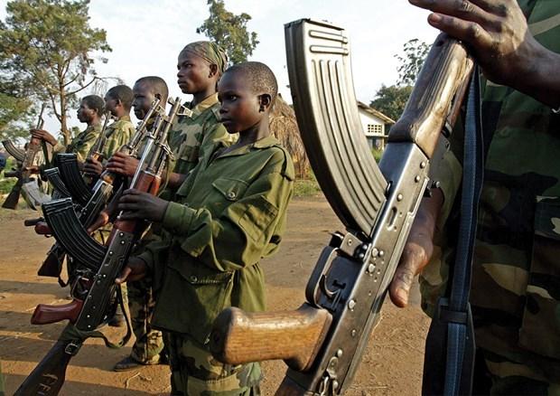 联合国安理会对促进将儿童从冲突地区遣返的措施进行讨论 hinh anh 1