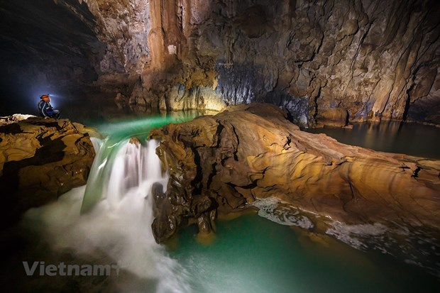 秀兰洞——充满自然的野性和神奇之美 hinh anh 1