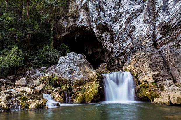 秀兰洞——充满自然的野性和神奇之美 hinh anh 2