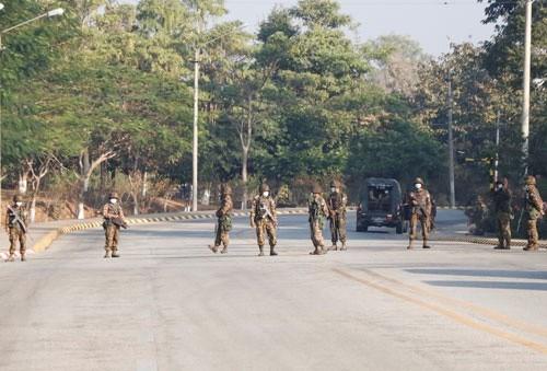 缅甸军方承诺及早移交权力 hinh anh 1