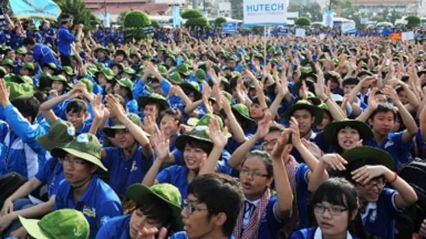 """""""向越南青年和大学生提供9万个就业机会""""活动今日启动 hinh anh 1"""