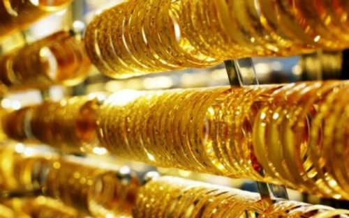 今日越南国内市场黄金价格每两上涨15万越盾 hinh anh 1