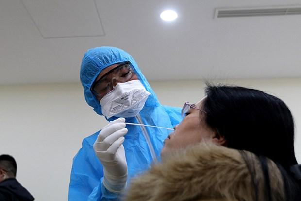 出席国会第十一次会议的代表和参加报道的媒体记者都接受新冠病毒检测 hinh anh 1