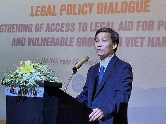 """题为""""加强对越南贫困人和弱势群体的法律援助""""的讨论会在河内举行 hinh anh 1"""