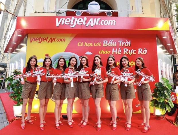越捷推出46.8万张特价机票 迎来4·30越南南方解放日和五一国际劳动节 hinh anh 2