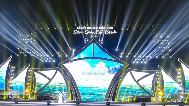 2021年涔山海洋旅游节正式开幕 hinh anh 1
