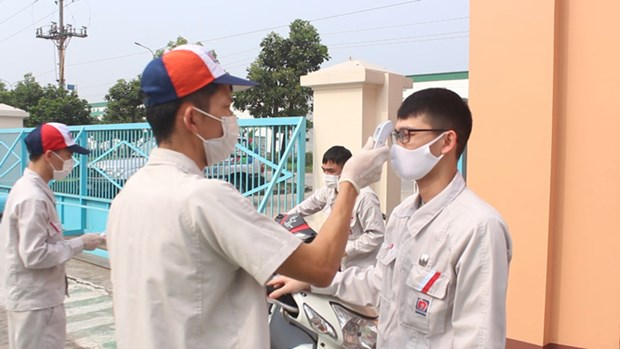 政府副总理武德儋:决不让疫情在各工业区扩散蔓延 hinh anh 1