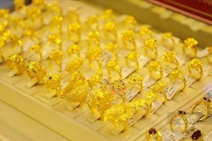 5月26日上午越南国内市场黄金价格上涨7万越盾一两 hinh anh 1