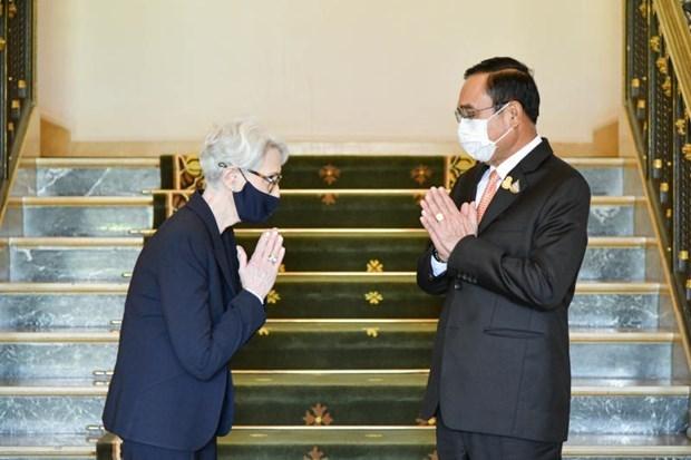 美国和泰国承诺继续建设更牢固的合作关系 hinh anh 1