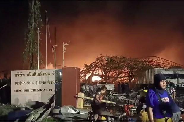 泰国曼谷郊区一化工厂发生爆炸 造成至少21人受伤 hinh anh 1