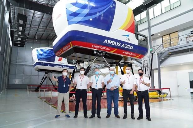 空客越南培训中心与越捷航空公司配合提供空客A320型别等级培训课程 hinh anh 1