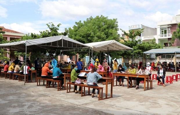 今年前8个月越南全国累计8.55万家企业退出市场 hinh anh 1
