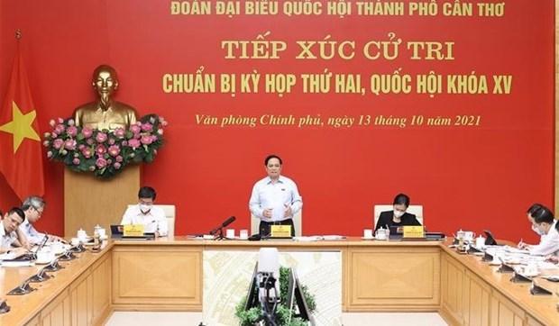 越南政府总理范明政接待芹苴市选民 hinh anh 1
