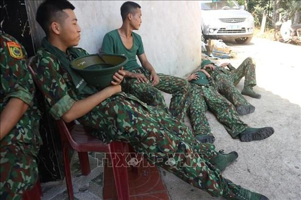 Ha Tinh co ban khong che duoc dam chay rung o Huong Son hinh anh 1