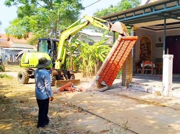 Quang Nam: Hang tram ho dan tu nguyen hien dat xay dung co so ha tang hinh anh 1