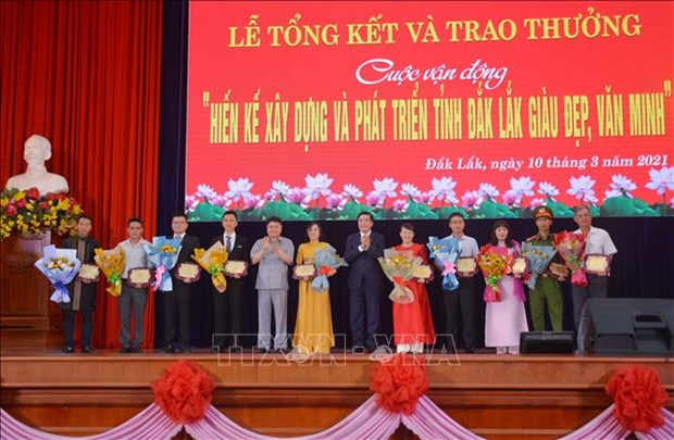 Xay dung Buon Ma Thuot tro thanh do thi mang ban sac vung Tay Nguyen hinh anh 1