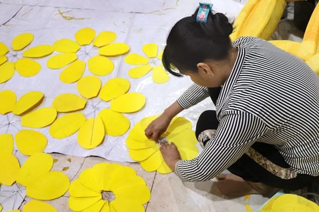 "Duong hoa Nguyen Hue Tet Tan Suu 2021 hua hen ruc ro voi chu de ""Thanh pho Ho Chi Minh: Van minh - Hien dai - Nghia tinh"" hinh anh 6"