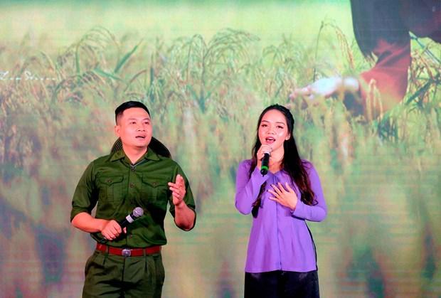 """Dac sac chuong trinh Giao luu van nghe """"Hat ve que huong dat nuoc"""" lan thu 7 nam 2020 hinh anh 15"""